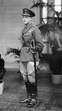 Photo of the Prince of Wales in uniform, 1919, Library and Archives Canada